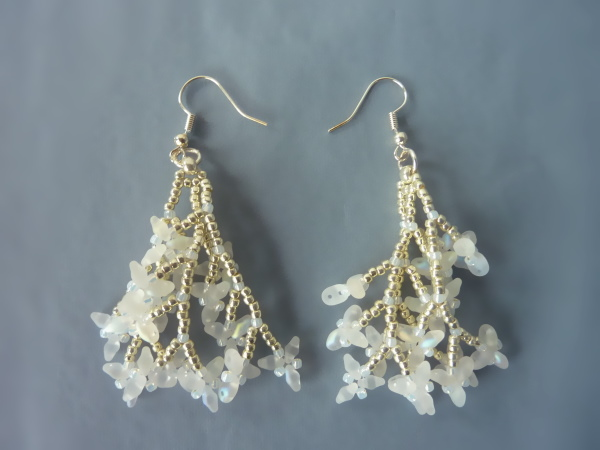 FREE beading pattern for Coral Superduo Earrings