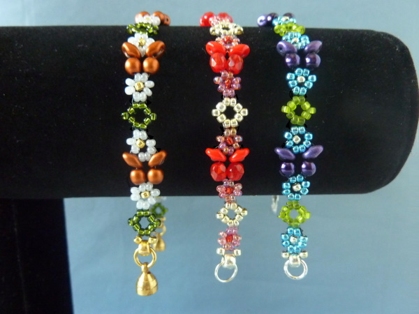 FREE beading pattern for Floral Butterfly Bracelet