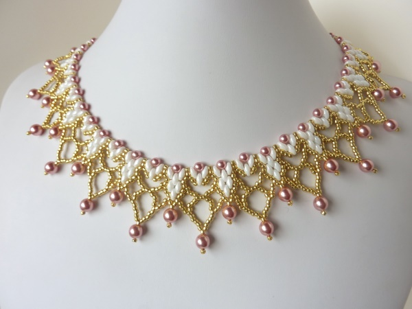 FREE Beading Pattern for Madelyn Necklace