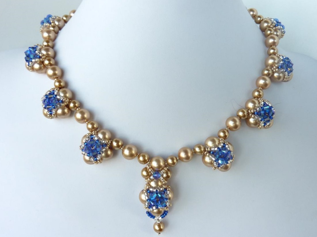 FREE beading pattern for necklace Crystal Squares