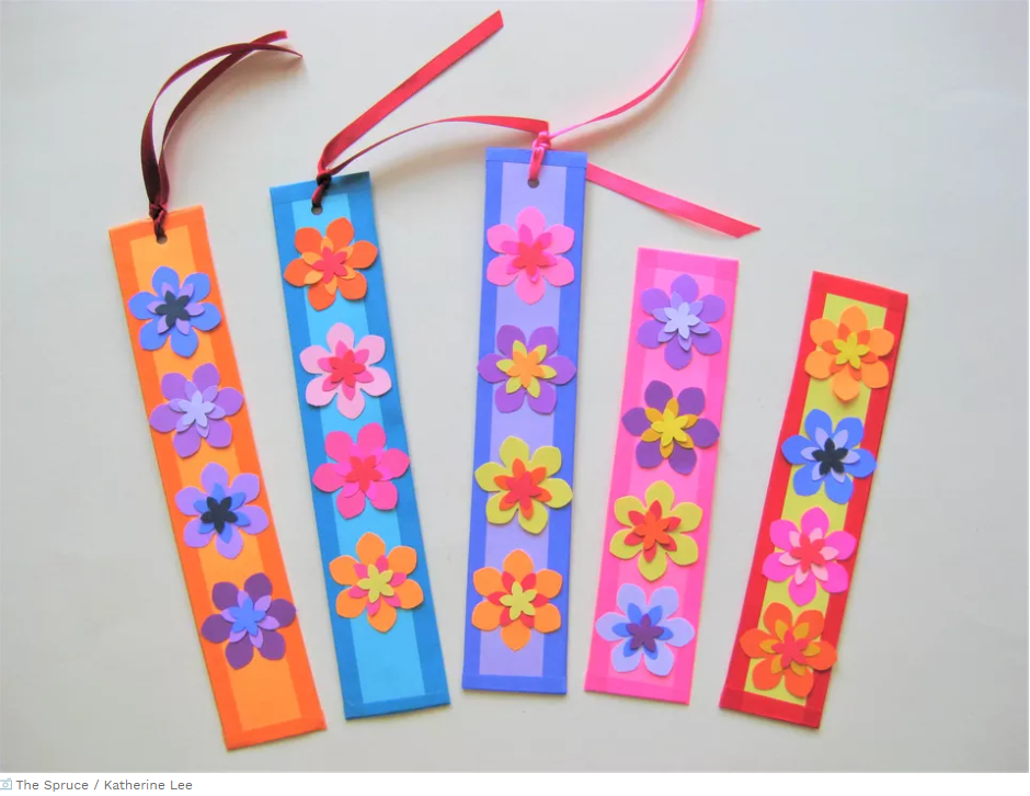 How to Make Paper Flower Bookmarks