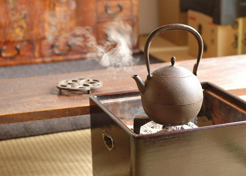 What are Tetsubin 10 Things to Know About Cast Iron Kettles